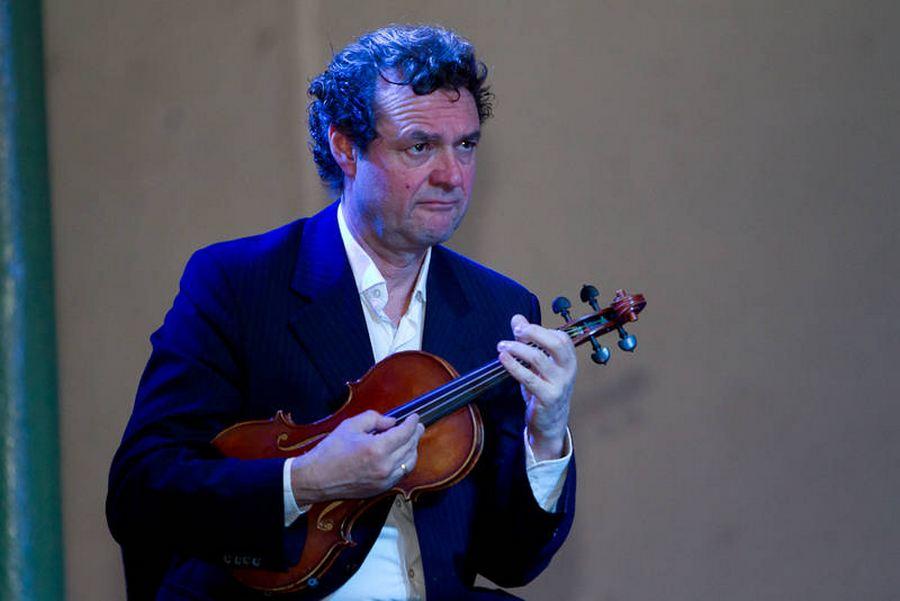 modern-string-quartet-solo-1